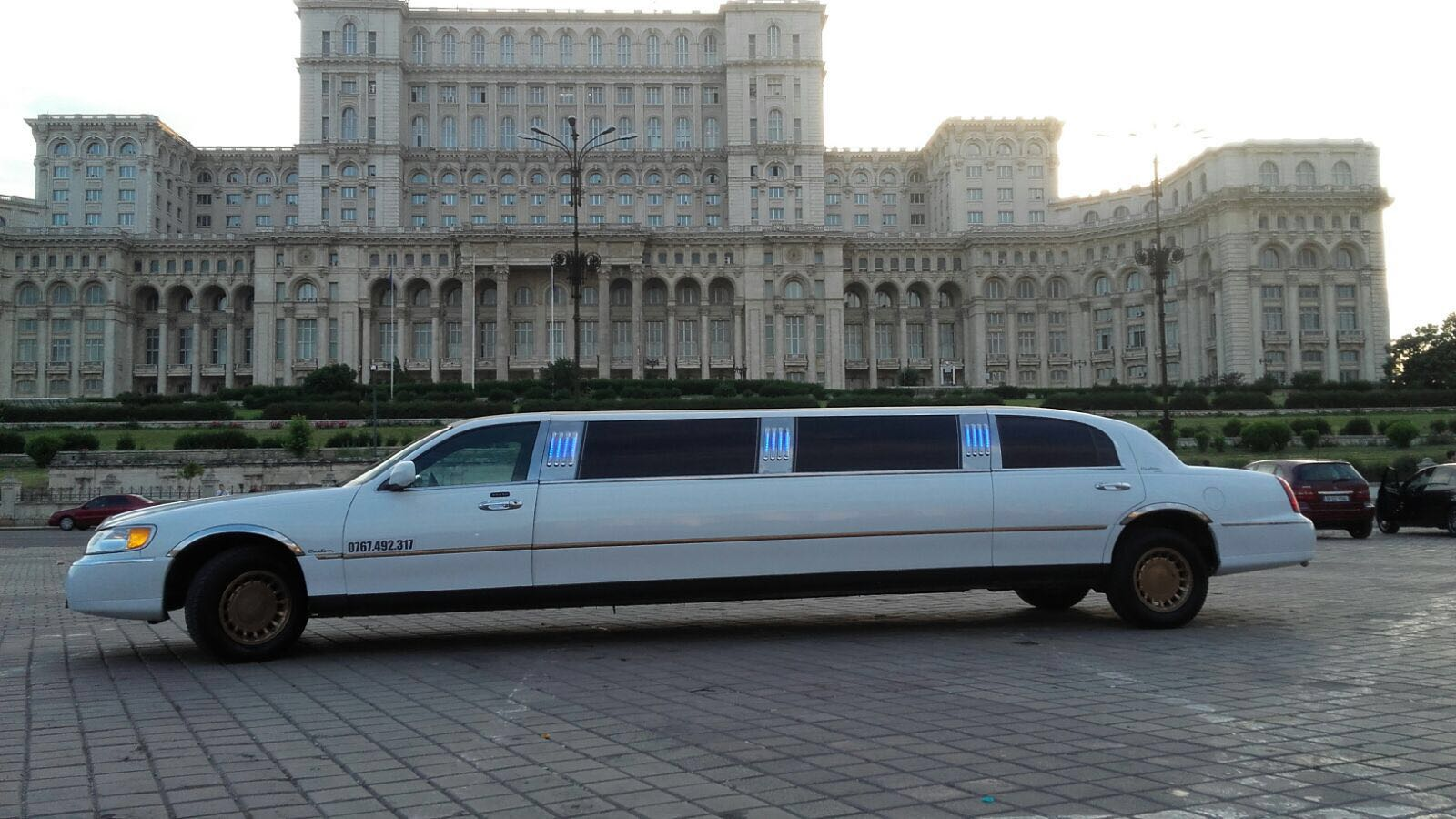 inchiriere-limuzine (18)
