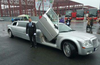 Limuzina Chrysler 300C Silver (1)